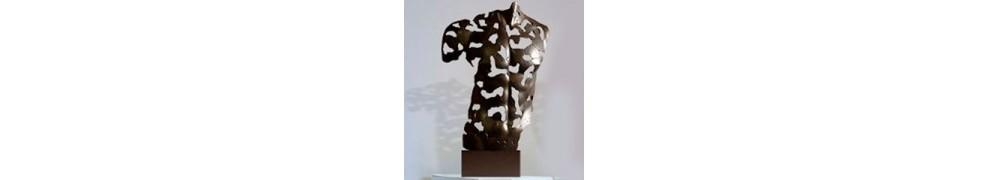 Skulpturen von Männern
